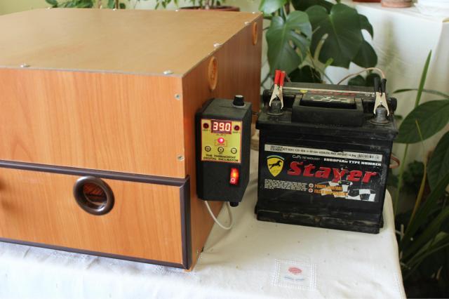 Резервное питание инкубатора 140