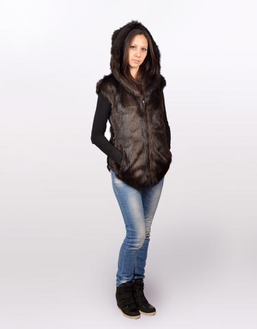 Меховая одежда для женщины